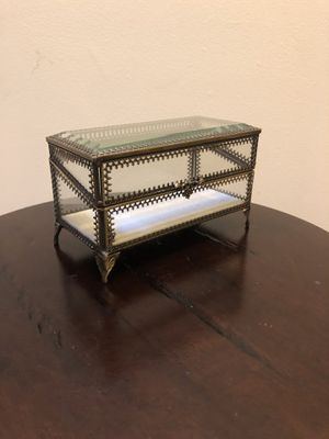 Glass jewelry case for Sale in Washington, DC