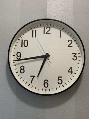 """Wall clock!!! 20"""" diameter for Sale in Vancouver, WA"""