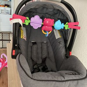 Graco Infant Car seat for Sale in Hialeah, FL
