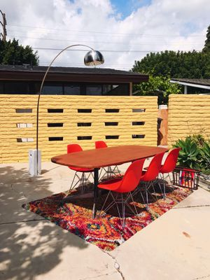 Mid Century Modern Vintage Herman Miller Conference// Dining table w set of 5 Original Eames Atomic Orange chairs for Sale in La Mirada, CA