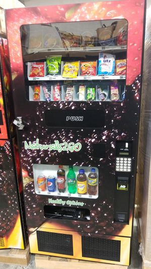 Combo vending machine fully working for Sale in Gaithersburg, MD