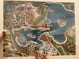 Walt Disney World collector set - 7 Seas Lagoon/Bay Lake for Sale in Auburndale, FL