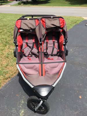 Double Bob Jogging Stroller for Sale in Mechanicsville, VA