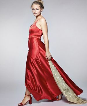 Beautiful red satin prom dress! for Sale in Temecula, CA