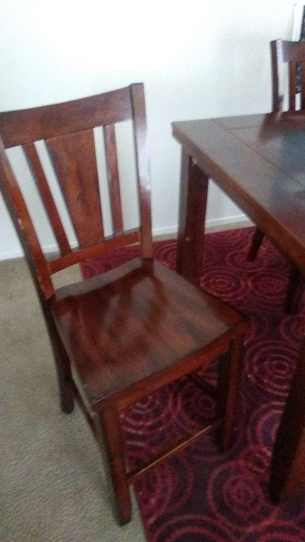 Table & chair (4) high chair