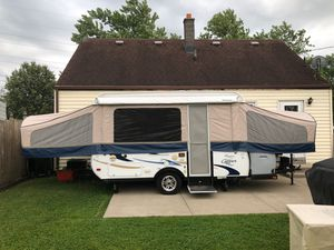 Like new pop-up tent camper for Sale in Buffalo, NY