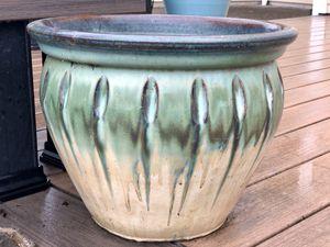 """Elegant Ceramic 12x15"""" Flower Pot for Sale in Vancouver, WA"""