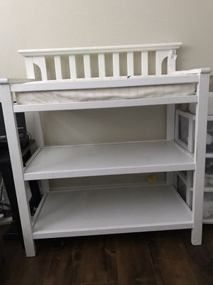 Graco Changing Table for Sale in Huntington Beach, CA