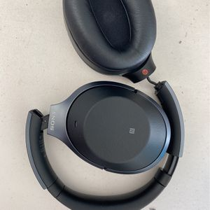 Sony WH-1000XM2 Noise Cancelling Headset Parts for Sale in Fremont, CA