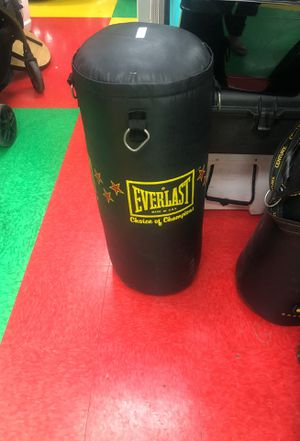 Punching bag 🥊 for Sale in Austin, TX