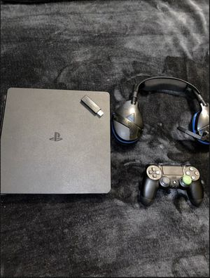 PS4 SLIM 1TB w/ Turtle Beach Headset and Controller for Sale in Kelseyville, CA