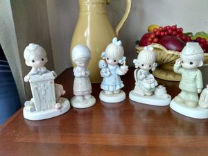 Precious Moments and Jonathan and David Collectibles Figurines for Sale in Winter Haven, FL