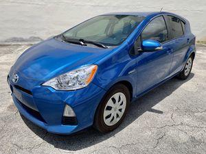 Toyota Prius 2014 for Sale in Hialeah, FL