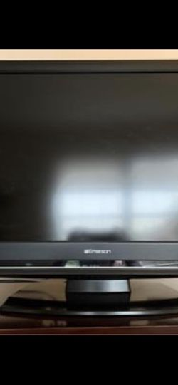 """Emerson 32"""" HD tv for Sale in Columbia Station,  OH"""