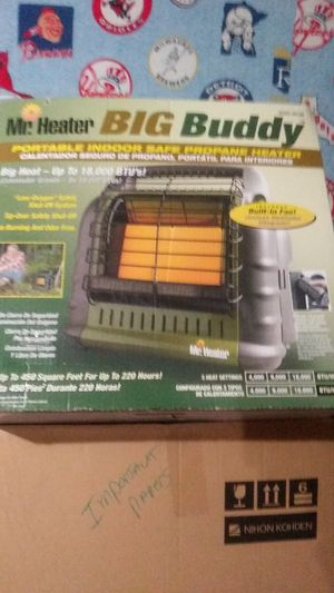 Mr. Heater Big Buddy built-in fan comes with three 5-gallon propane tanks for Sale in Kuna, ID