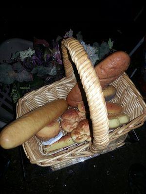 Large dacor fack breads in basket for Sale in Glen Burnie, MD