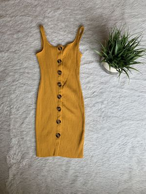 SIZE MEDIUM Mustard Knit Casual Dress for Sale in Alhambra, CA