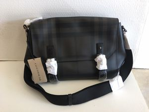 Burberry Messenger Bag for Sale in Riverview, FL