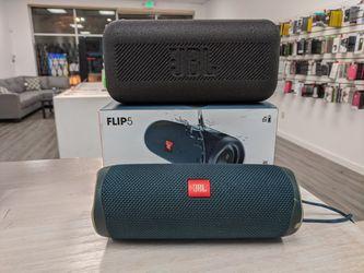 JBL Flip 5 BLUETOOTH Speaker for Sale in Kent,  WA