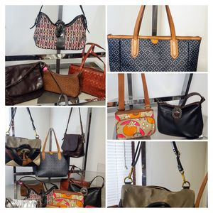 Large wholesale lot fossil handbags and wallets for Sale in Kenosha, WI