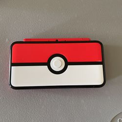 Pokeball Nintendo 2ds XL for Sale in Midway City,  CA
