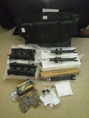 97 Infinity CAR PARTS for Sale in Miami, FL