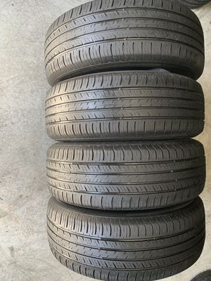 Set of used tires 235/60/18 Hankook for Sale in Holly Springs, NC