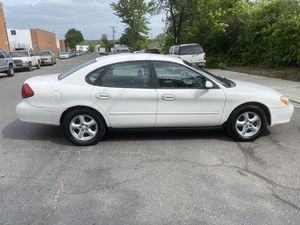 2003 FORD TAURUS LX Clean RUNS Excellent for Sale in Hillcrest Heights, MD