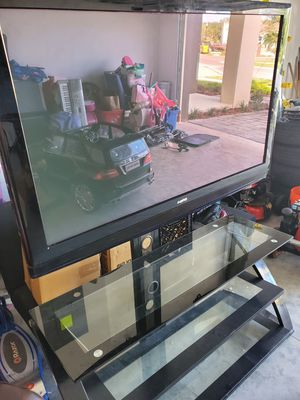 50 inch Tv and stand for Sale in Riverview, FL
