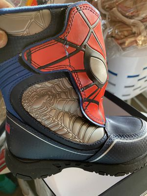 Kids Spider-Man Snow boot...size 10. $$15 for Sale in Elmont, NY
