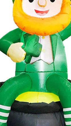 5ft St Patricks Day Inflatables Blow Up Yard Decorations, Lighted Inflatable Leprechaun Holding Shamrock Sitting on A Pot of Gold for Sale in Tulsa,  OK