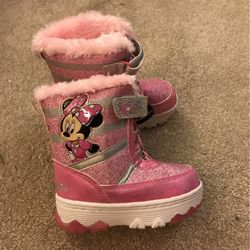 Brand New Minnie Mouse Light Up Snow Boots for Sale in New Castle,  DE