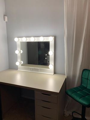 Large size Vanity mirror for Sale in Industry, CA