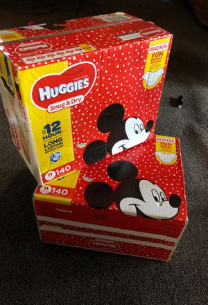 Huggies SNUG&DRY NEWBORN for Sale in Queens, NY