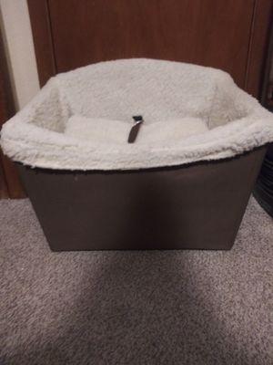 Dog car chair for Sale in Altoona, IA