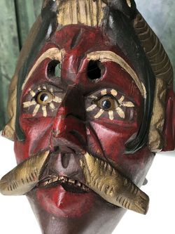 """Unique Wood Carved Mask H9x8"""" for Sale in Boynton Beach,  FL"""
