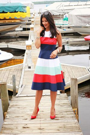Kate spade white red blue Corley dress for Sale in Herndon, VA