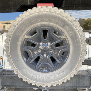 Jeep Wheels Jk for Sale in Las Vegas, NV