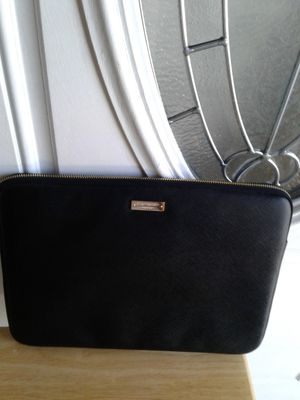 NEW BEAUTIFUL BLACK AND GOLD KATE SPADE TABLET SLEEVE PROTECT YOUR COMPUTER 30.00FIRM NO HOLD APP CASH ONLY for Sale in Colton, CA