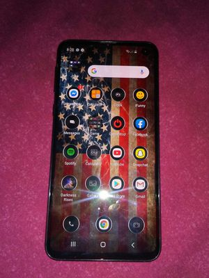 Samsung Galaxy S10e for Sale in Brownsville, WV