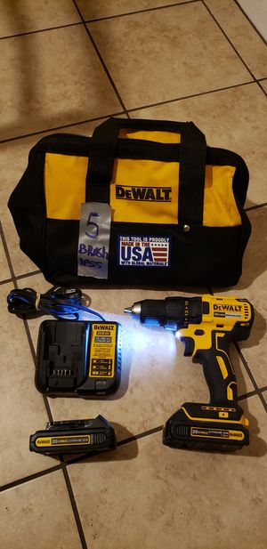 DEWALT 20V DRIVER DRILL BRUSHLESS WITH 2 BATTERIES, CHARGER & BAG for Sale in Houston, TX