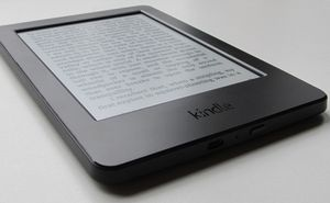 """Kindle Paperwhite E-reader 7th Generation - Black, 6"""" for Sale in Portland, OR"""