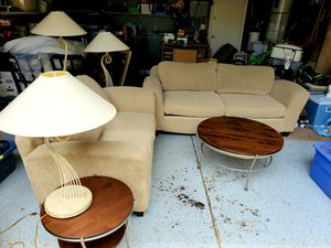 Living room set, couch, love seat, end tables, and coffee table, and lamps all match together for Sale in Queen Creek, AZ
