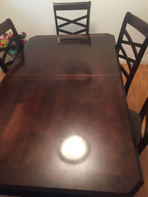 Wooden dining table with extension for Sale in Los Angeles, CA