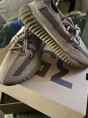 Adidas Yeezy boost V2 sz9 for Sale in Los Angeles, CA