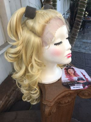 Blonde lace front Wig for Sale in Spring Valley, CA