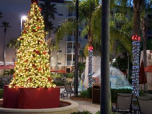 16' Commercial Tower LED XMAS TREE for Sale in Winter Haven, FL
