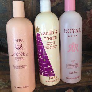 Jarra Crema De Almendra Crema De Vainilla Y Aceite De Rosa A $10 Cada Una Tamaño Grande for Sale in Dallas, TX