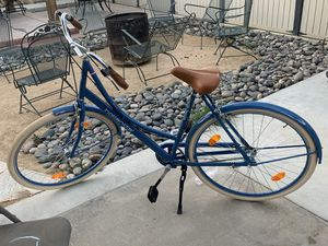 Royal Dutch L/xl unisex bike for Sale in Tulare, CA