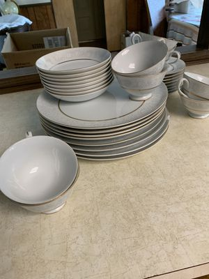 Fine china. One plate is chipped. Other than that they are all in good condition. for Sale in Kalamazoo, MI